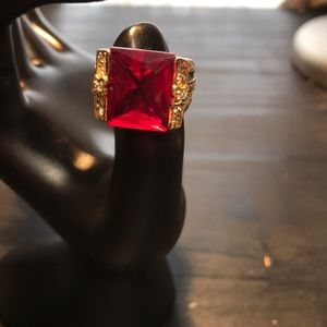 Jewelry - Size 5 red and silvertone ring